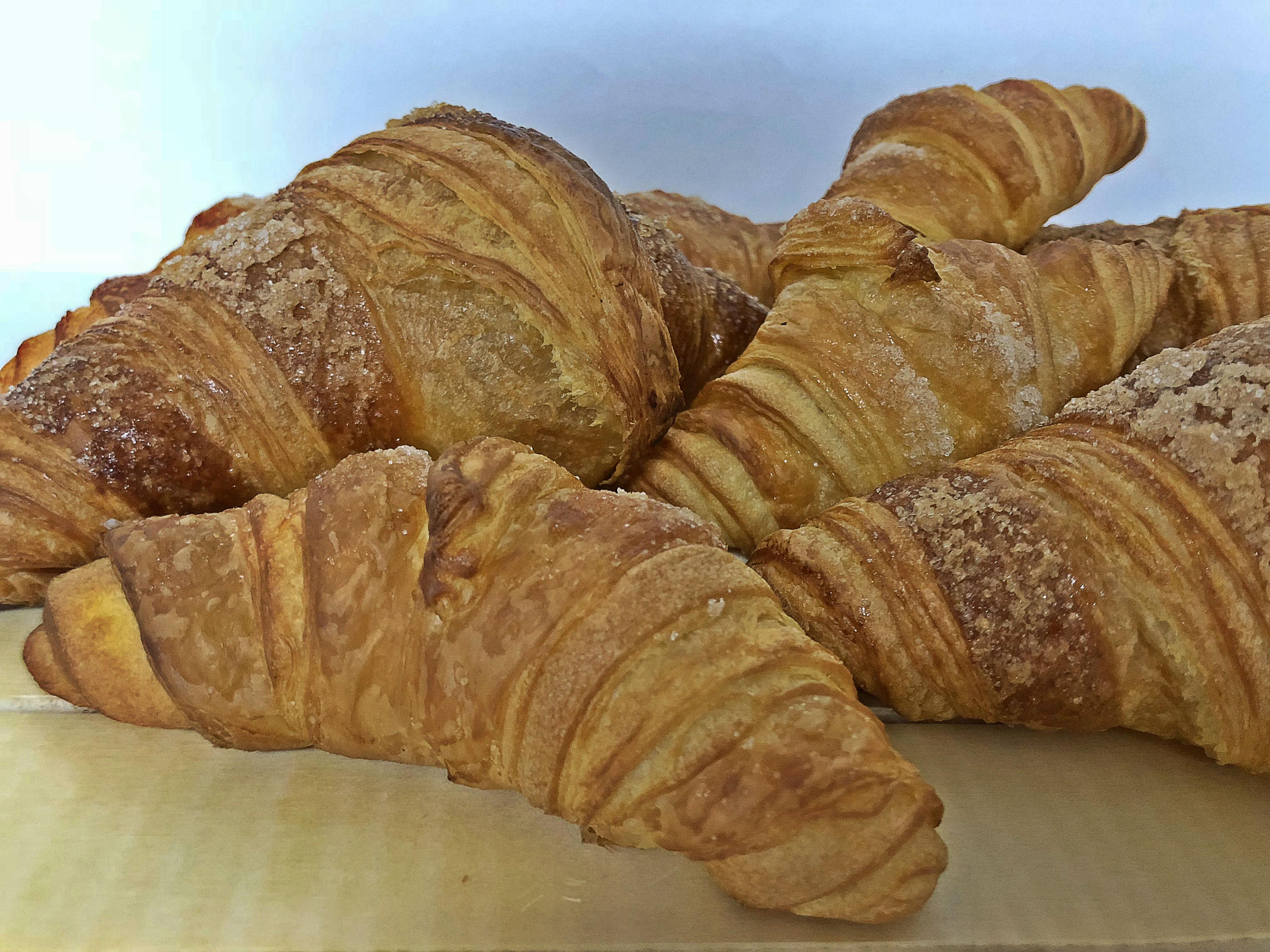 croissant pequeño mantequilla